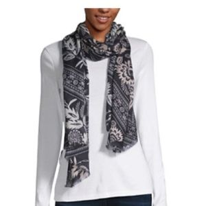 Black & off white scarf